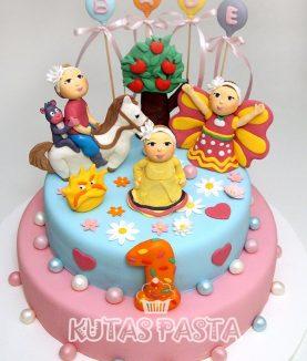 Dora 1 Yaş Pastası