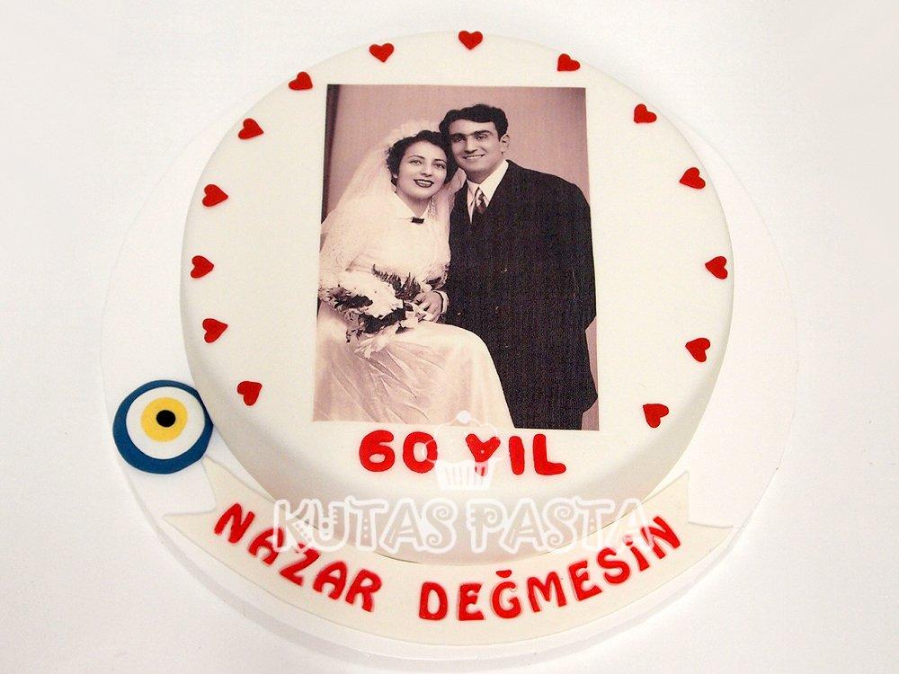 60. Yıl Dönümü Pastası
