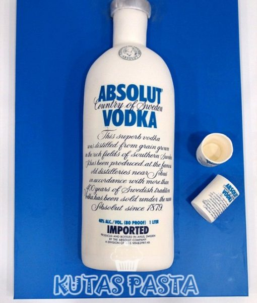 Absolut Vodka Şişesi Pasta