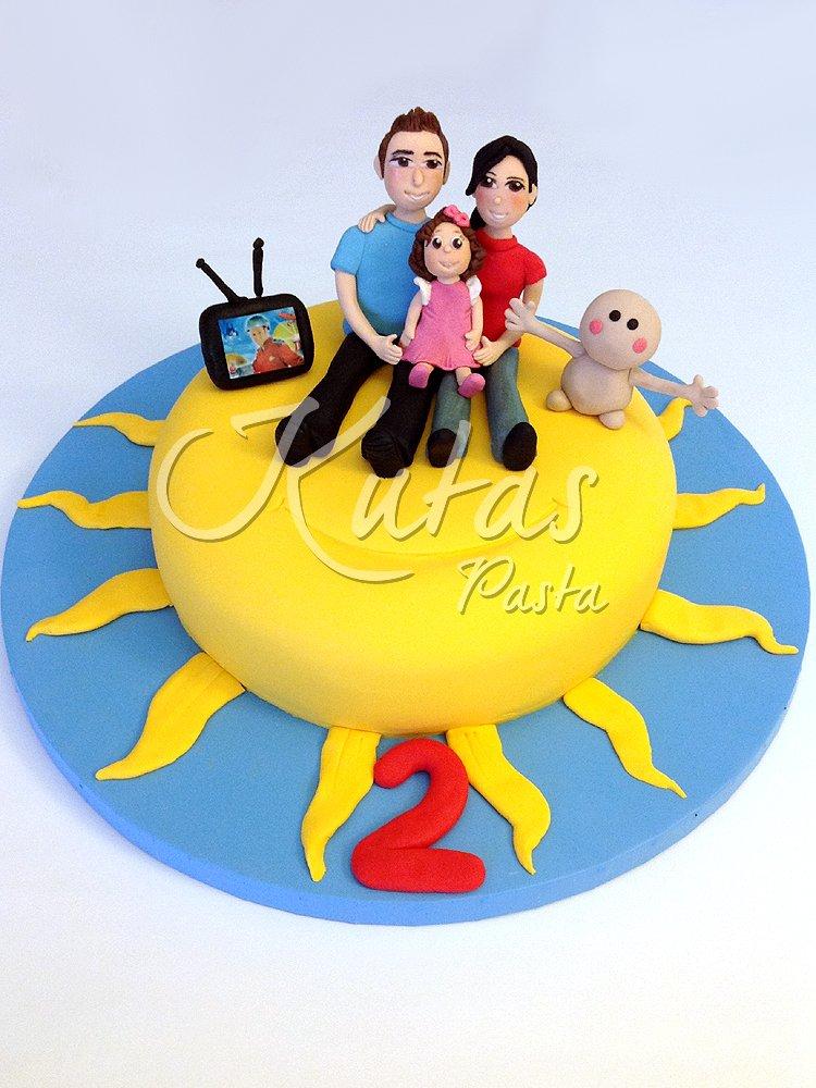 Mutlu Aile Pastası