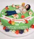 Anneler Günü Pastası Kızı