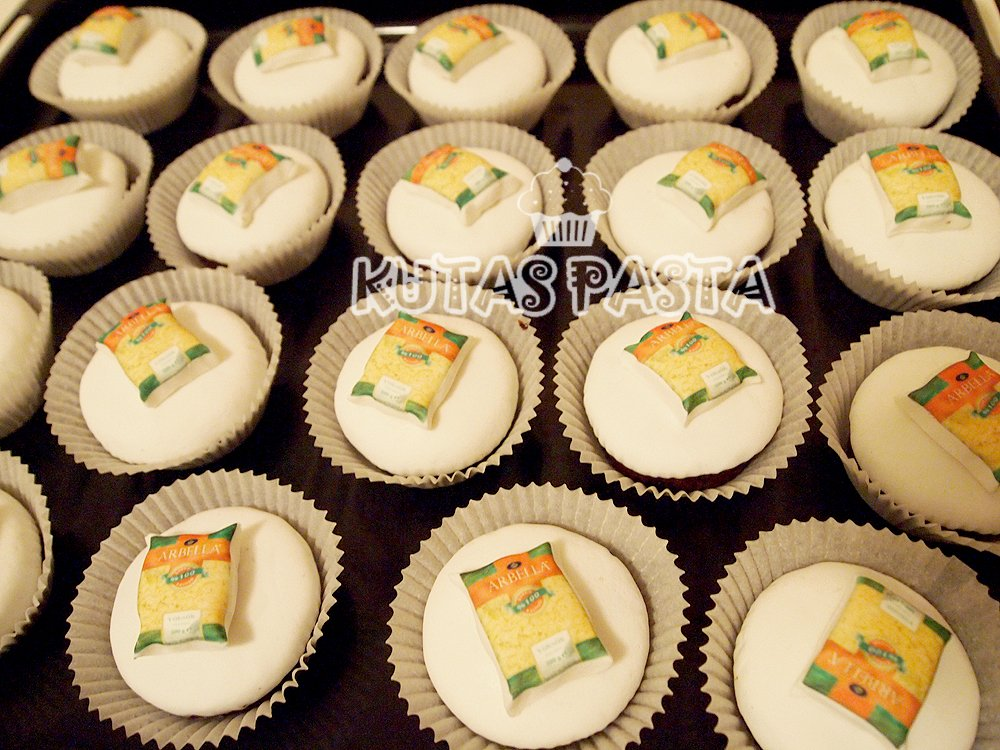 Kurumsal Arbella Makarna Cupcake