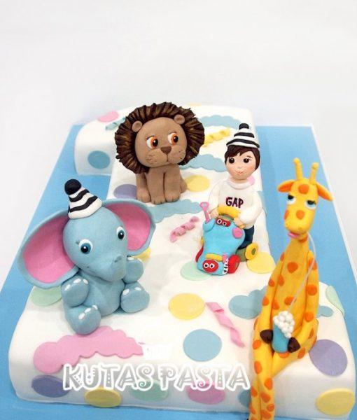 1 Yaş Hayvanlı Pasta Aslan Fil Zürafa