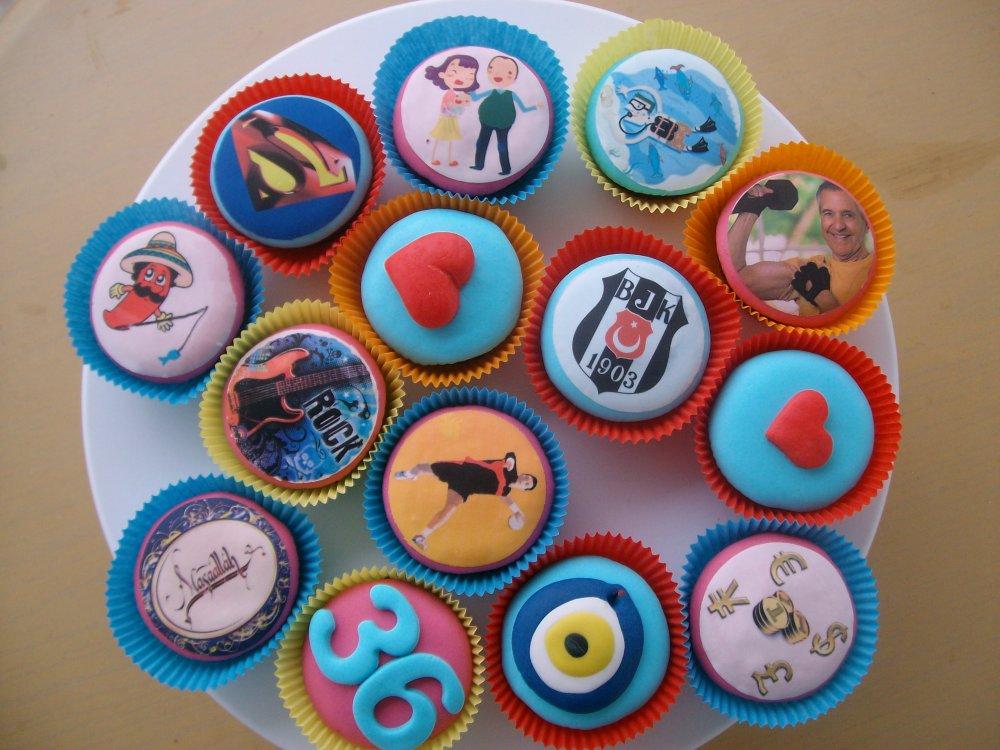 BJK Nazar Boncuklu Cupcake