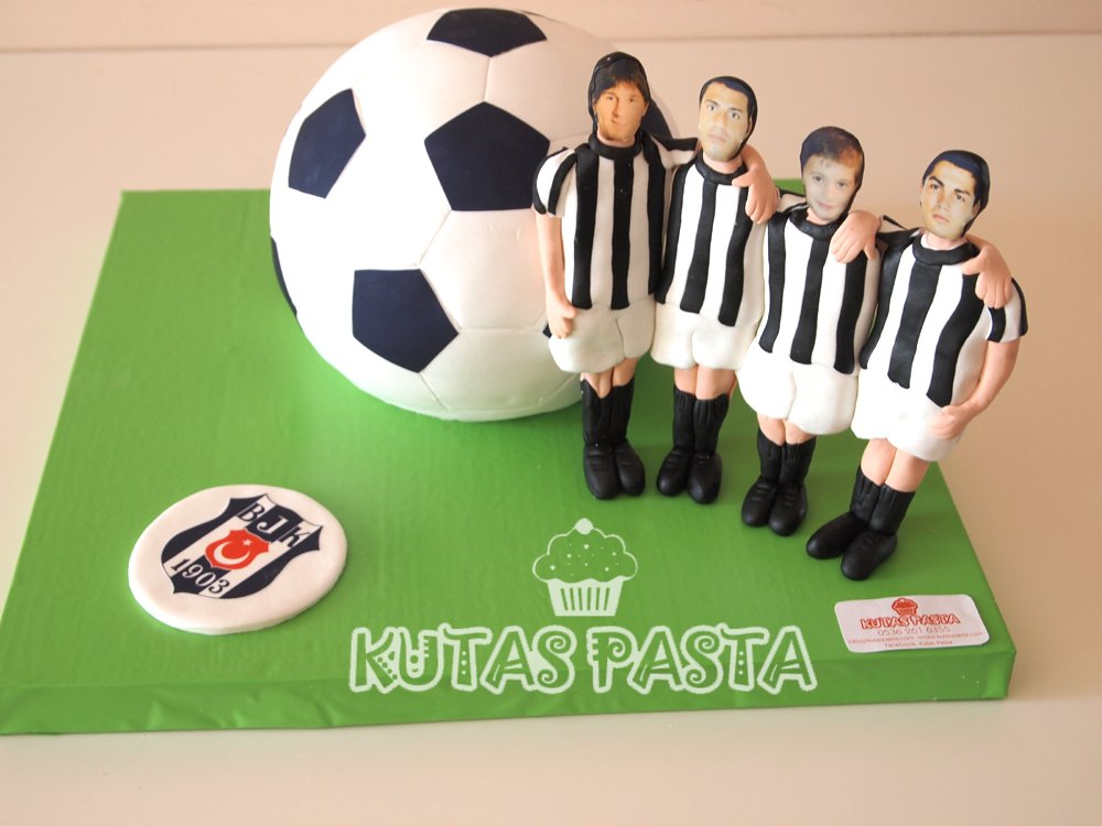 Beşiktaş Futbol Topu Pasta