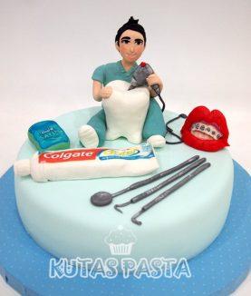 Dişçi Ortodontist Pasta