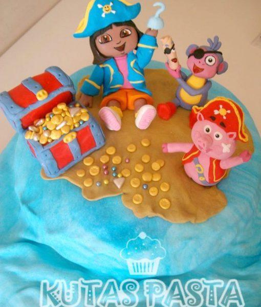 Kaşif Dora Hazine Adası Pasta