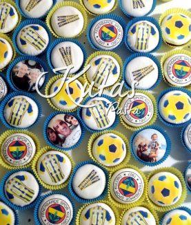 Fenerbahçeli Pasta Cupcake