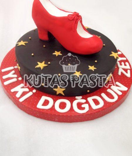 Kırmızı Ayakkabı Pasta Flamenko