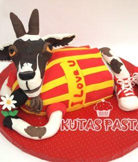Galatasaraylı Pasta Keçi Sevgiliye
