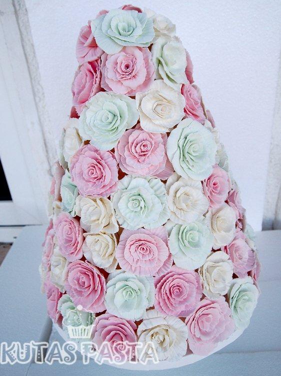 Nişan Pastası Rengarenk Güller