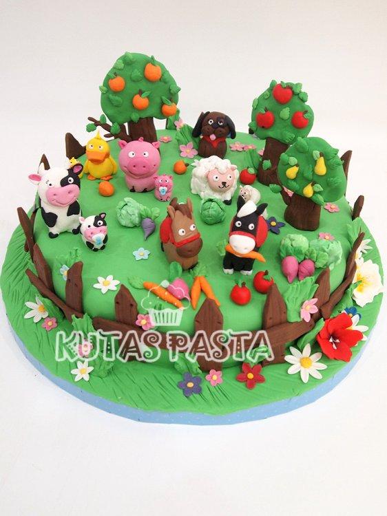 Çiftlik Hayvanları Pasta