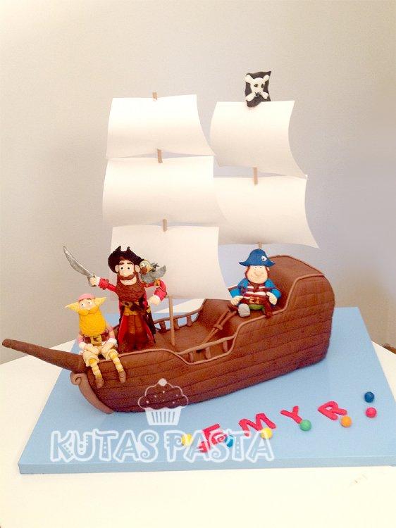 Korsan Gemisi Pasta