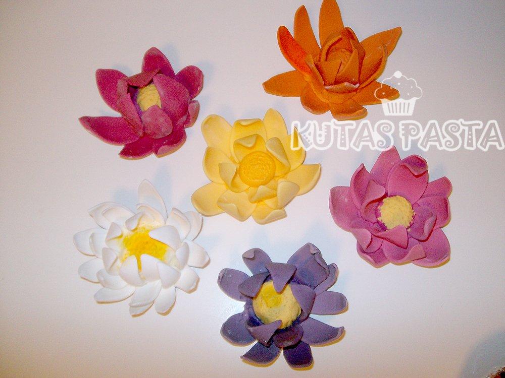 Lotus Çiçeği Porsiyon Pasta