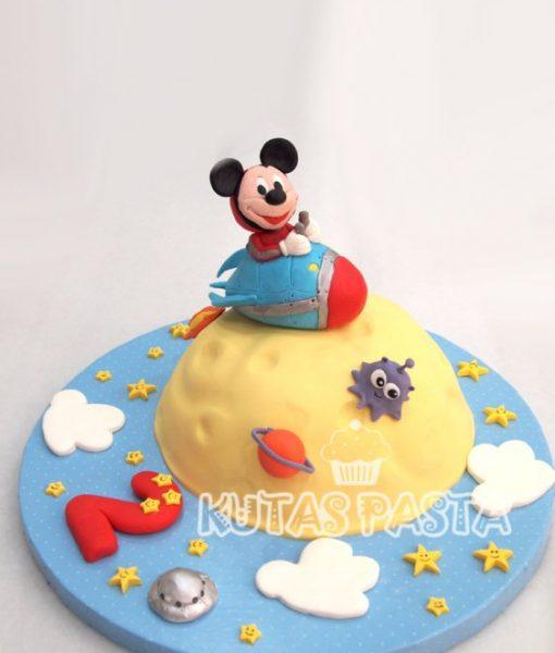 Mickey Mouse Pasta Uzay Macerası