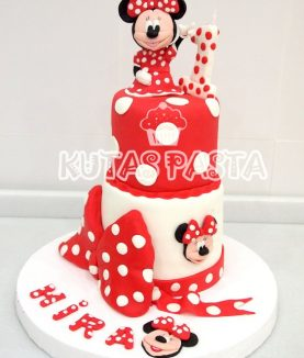 Minnie Mouse 1 Yaş Pasta