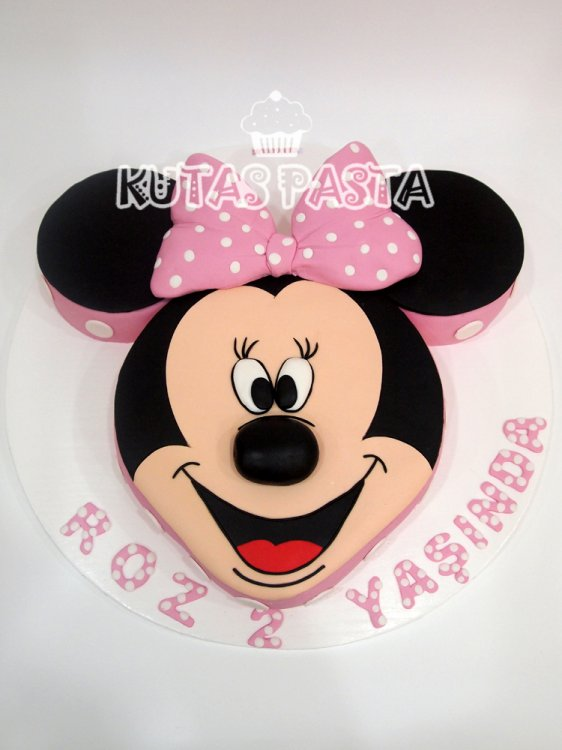 Minnie Mouse Pasta 2 Yaş