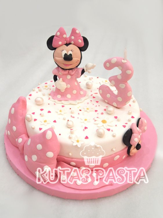 Minnie Mouse Pasta 3 Yaş