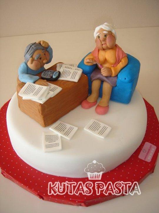 Yaşlı Çift Pasta