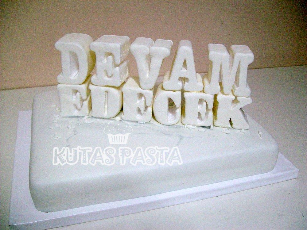 Zaga Okan Bayülgen Pastası