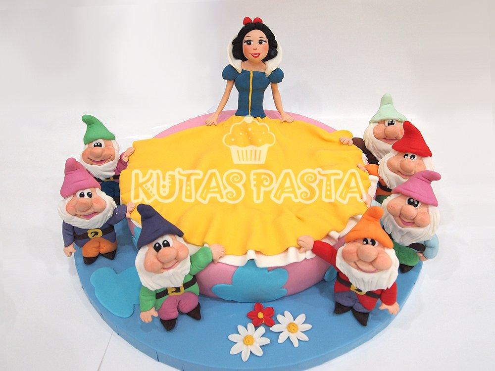 Pamuk Prenses ve yedi Cüceler Pasta