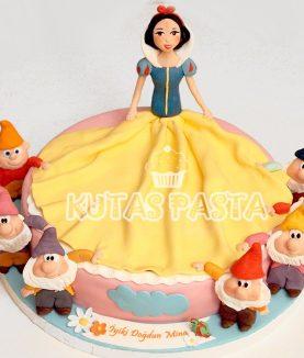 Pamuk Prenses Pasta