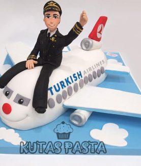 Pilot Uçak Pasta