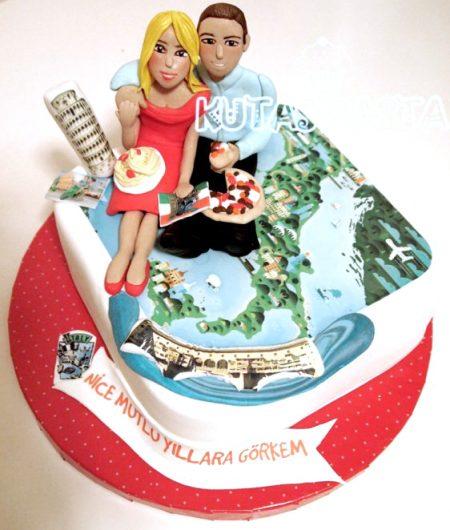 Sevgililer İtalya Seyahat Pastası