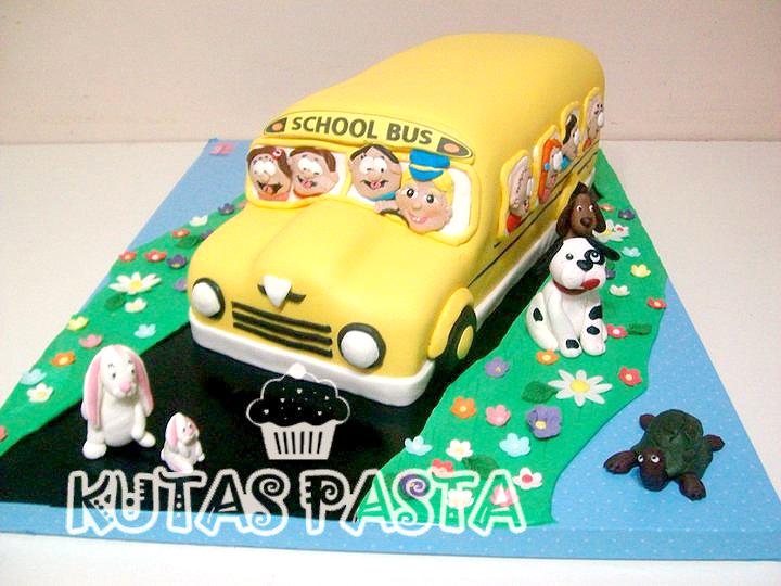 Okul Otobüsü Pasta