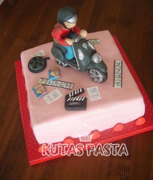 Vespa Motosikletli Pasta