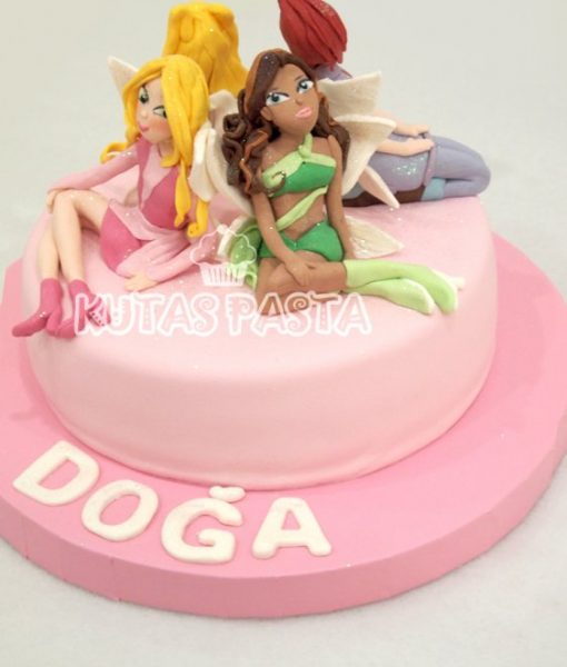 Winx Club Kızları Pasta