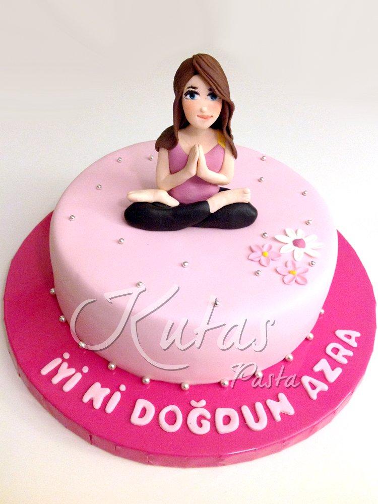 Yoga Yapan Kadın Pastası