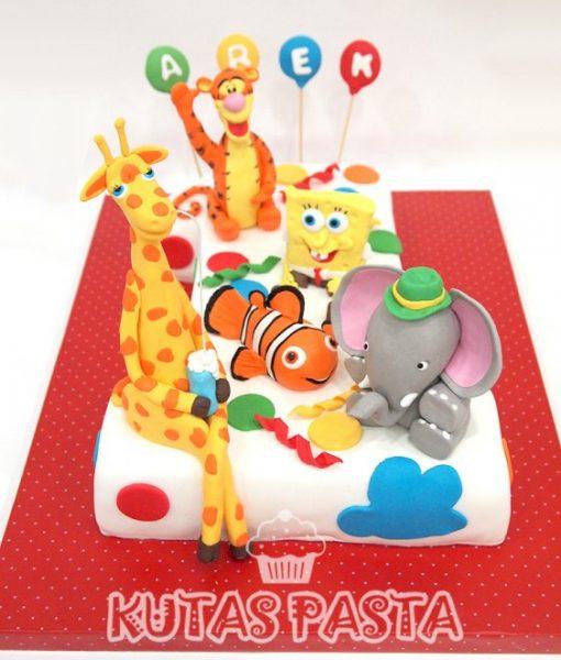 1 Yaş Hayvanlı Pasta Nemo Fil Zürafa