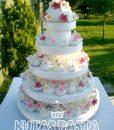Kır Çiçekli Katlı Düğün Pastası