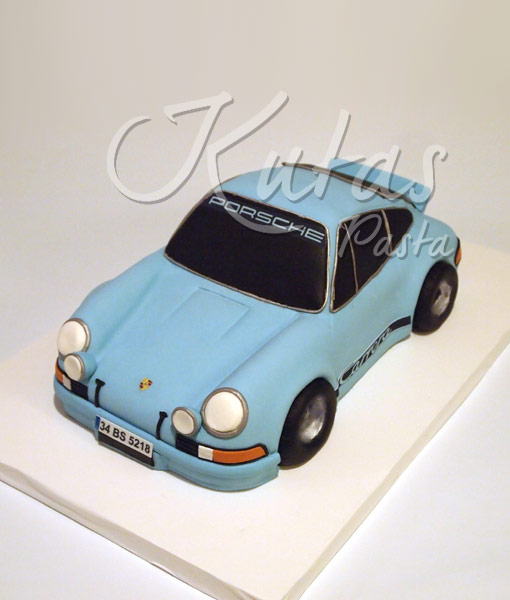 Porsche doğum günü pastası
